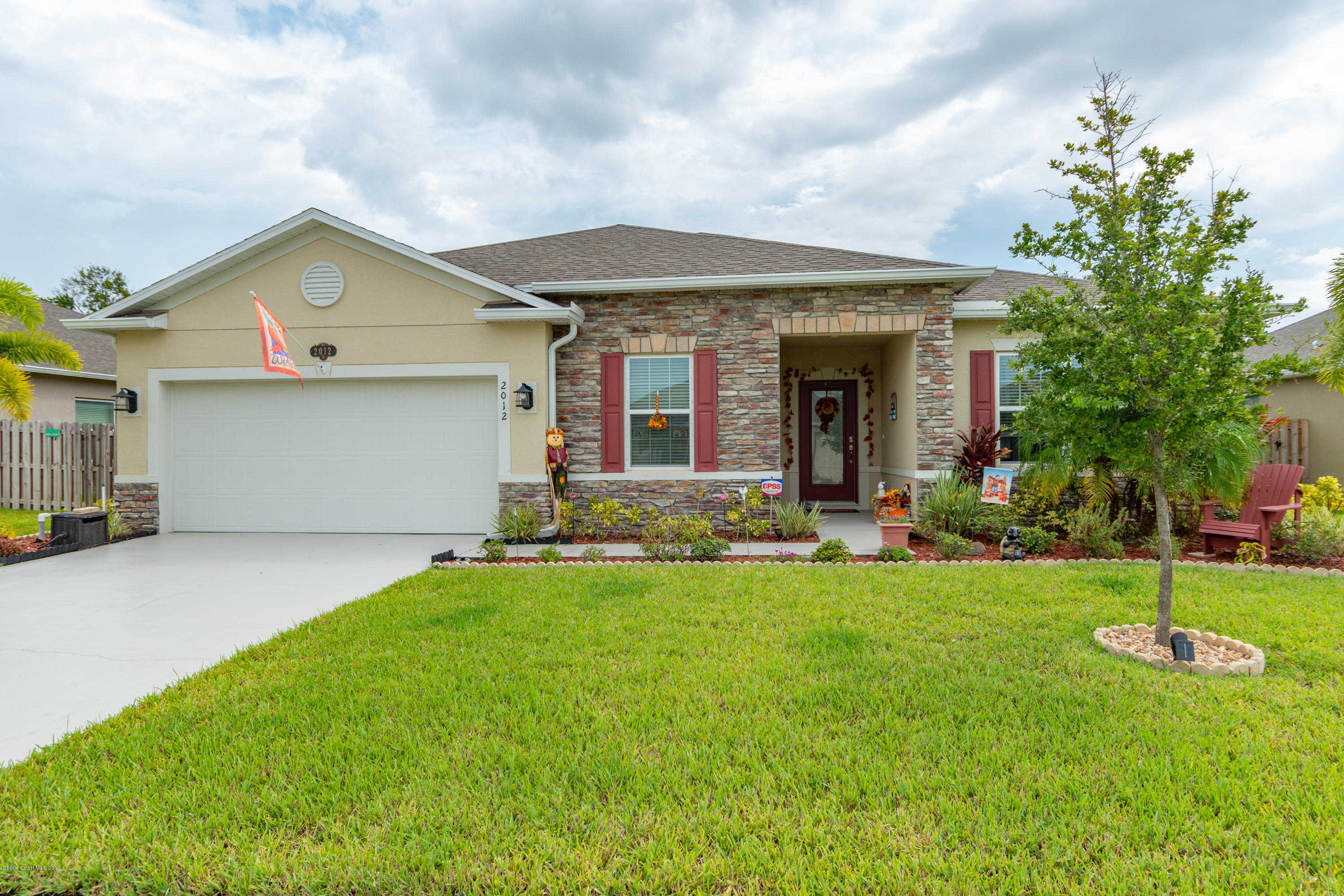 2012 Lune Court, West Melbourne, FL 32904 now has a new price of $338,500!