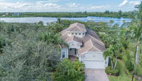 1289 W Island Club Square, Vero Beach, FL 32963