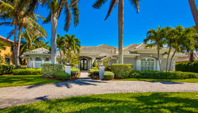 300 Lansing Island Drive, Satellite Beach, FL 32937