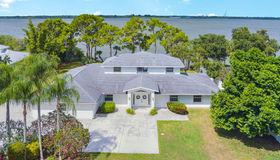 1005 Newfound Harbor Drive, Merritt Island, FL 32952