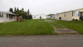 1027 Wren Circle, Barefoot Bay, FL 32976