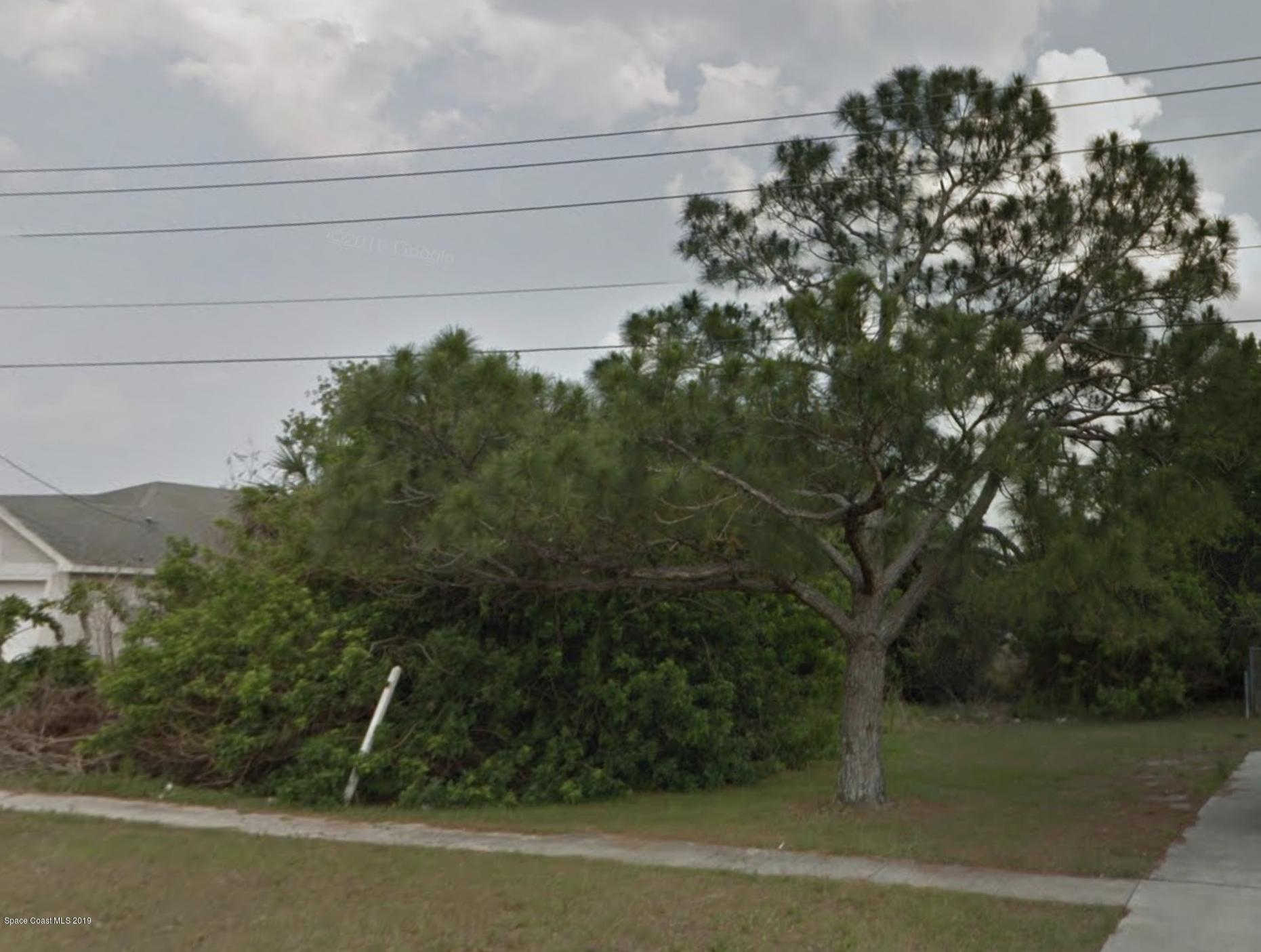 6247 Fay Boulevard, Cocoa, FL 32927 is now new to the market!