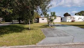 851 Laurel Circle, Barefoot Bay, FL 32976