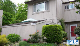 23914 NE Poplar CT, Wood Village, OR 97060