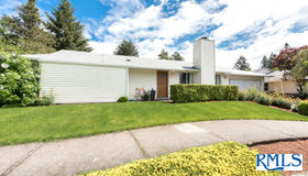 396 NE Hyde Cir, Hillsboro, OR 97124