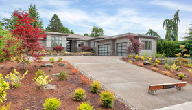 1575 Country cmns, Lake Oswego, OR 97034