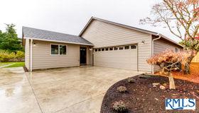 3778 Royal Ave, Eugene, OR 97402