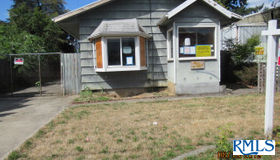 7023 Se 72nd Ave, Portland, OR 97206