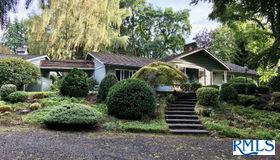 16084 S Forsythe Rd, Oregon City, OR 97045