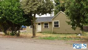 1935 NE 155th Ave, Portland, OR 97230