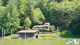 627 N Tenmile Lake, Lakeside, OR 97449