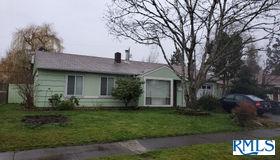 1471 Wilson CT, Eugene, OR 97402