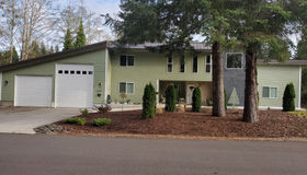 84497 Green Gate Rd, Florence, OR 97439