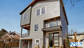 2335 NE Couch St, Portland, OR 97232