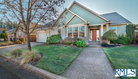 138 Waterstone Dr, Eugene, OR 97404