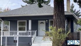 6407 Se 72nd Ave, Portland, OR 97206