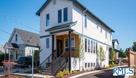 6180 NE 8th Ave, Portland, OR 97211