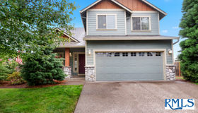 421 N 8th Pl, Carlton, OR 97111