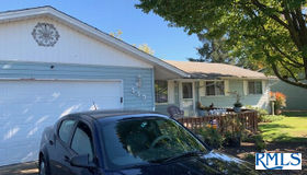 440 Birch St, Junction City, OR 97448
