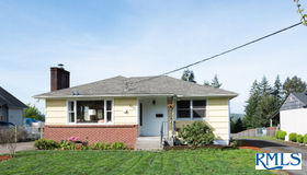 3815 Pacific Way, Longview, WA 98632