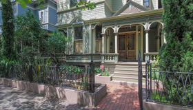 1721 nw Irving St, Portland, OR 97209