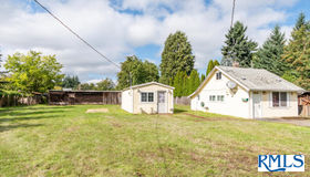 1384 Hughes St, Eugene, OR 97402