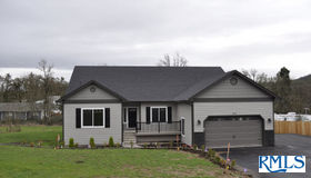 203 S Ash St, Springfield, OR 97477