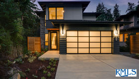 667 Lake Bay CT, Lake Oswego, OR 97034