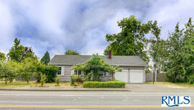 1305 Echo Hollow Rd, Eugene, OR 97402