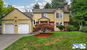 4097 Buck Brush Ln, Lake Oswego, OR 97035