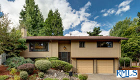 12365 sw Katherine St, Tigard, OR 97223