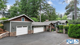 17979 Kelok Rd, Lake Oswego, OR 97034