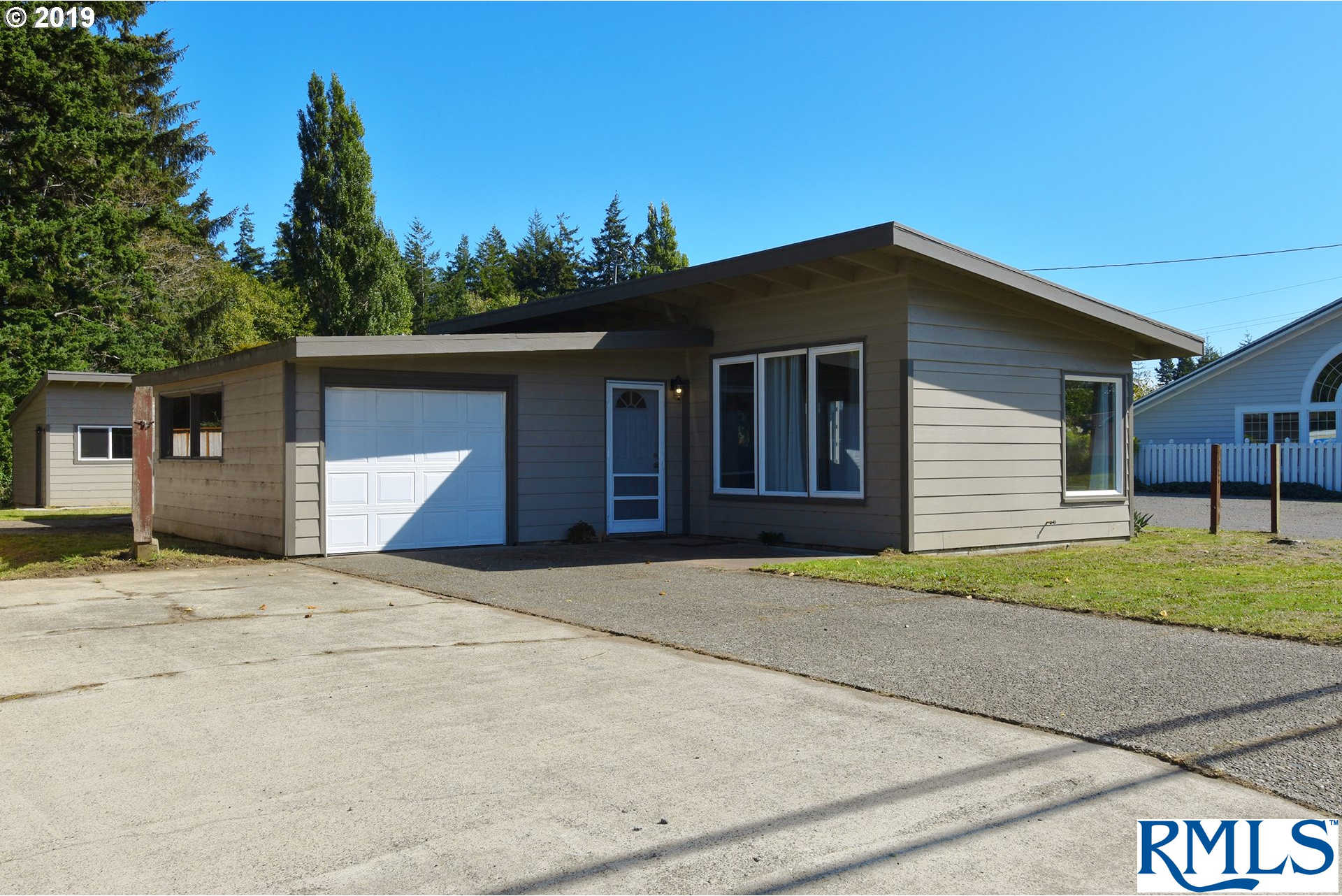 Another Property Sold - 2895 Broadway Ave, North Bend, OR 97459