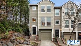 2974 nw Kennedy CT #1, Portland, OR 97229
