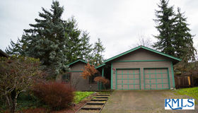 881 S 67th St, Springfield, OR 97478