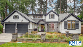 936 Evergreen Rd, Lake Oswego, OR 97034