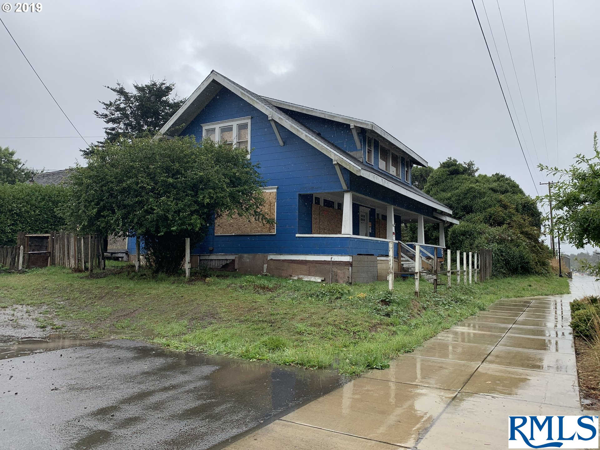 Another Property Sold - 363 S Empire BV, Coos Bay, OR 97420