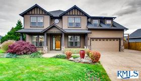 12020 Hazeldell Ave, Oregon City, OR 97045