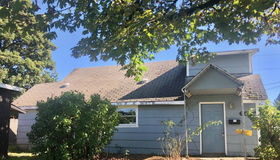 6917 Se Cooper St, Portland, OR 97206