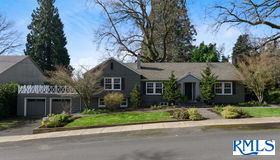 3165 sw 82nd Ave, Portland, OR 97225