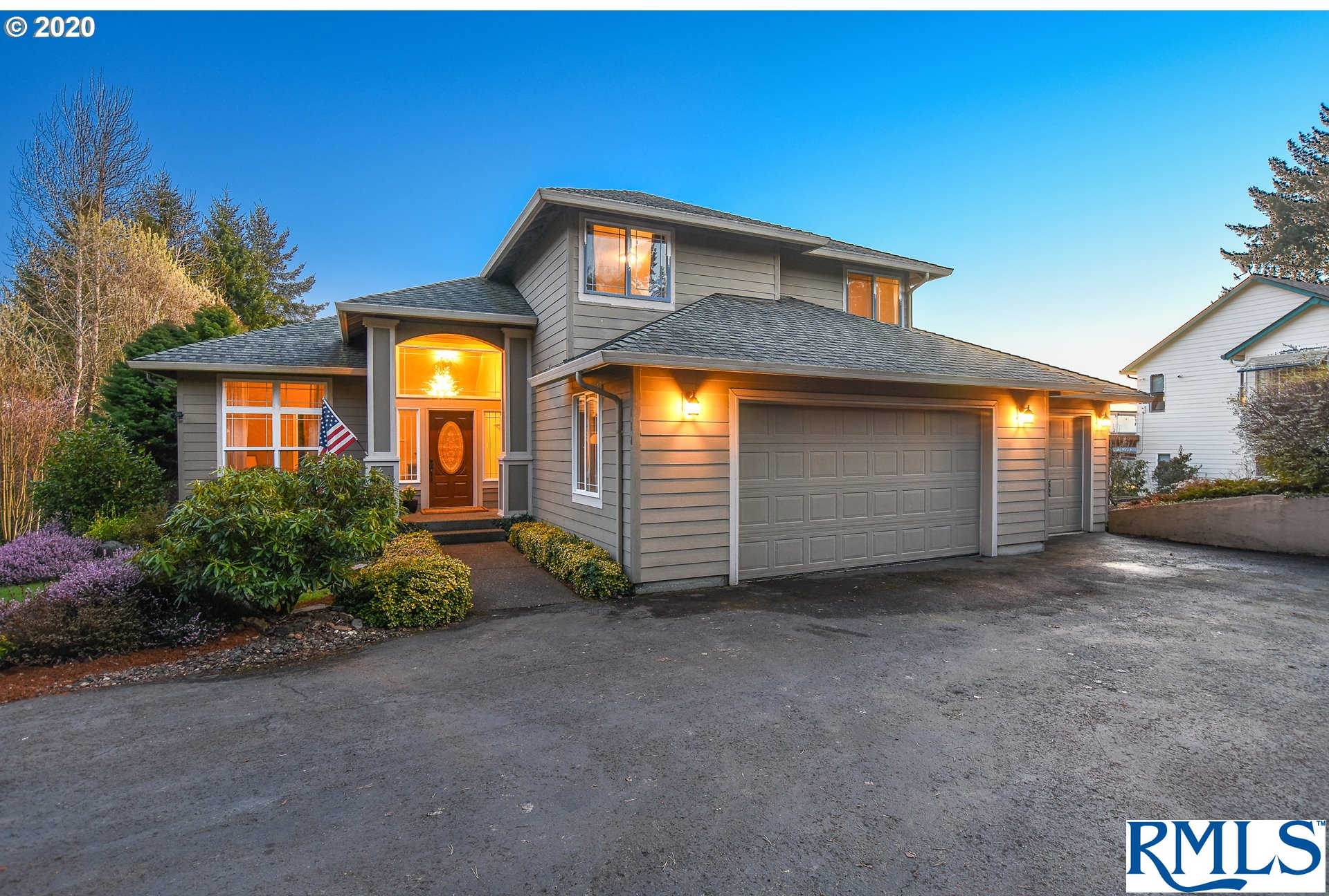 114 Upland Dr, Woodland, WA 98674 is now new to the market!