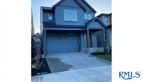 15867 Se Tallina Dr, Damascus, OR 97089