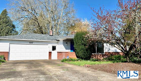 2420 Pine Ln, Albany, OR 97322