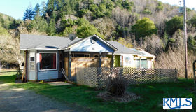 39507 hwy 101, Port Orford, OR 97465