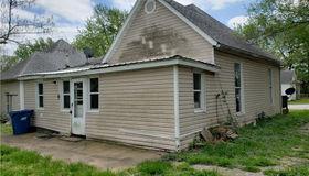 217 3rd Street W, Eldon, MO 65026