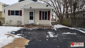 213 Hillandale Street, Round Lake, IL 60073