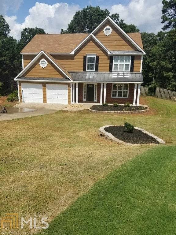 3850 Wake Robin Way, Cumming, GA 30028-8144 is now new to the market!
