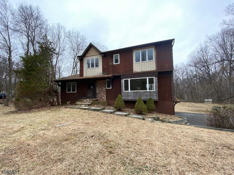 48 Ann Rd, Washington twp., NJ 07853-3504 is now new to the market!