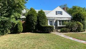 59 Linden Ave, Springfield twp., NJ 07081-1805
