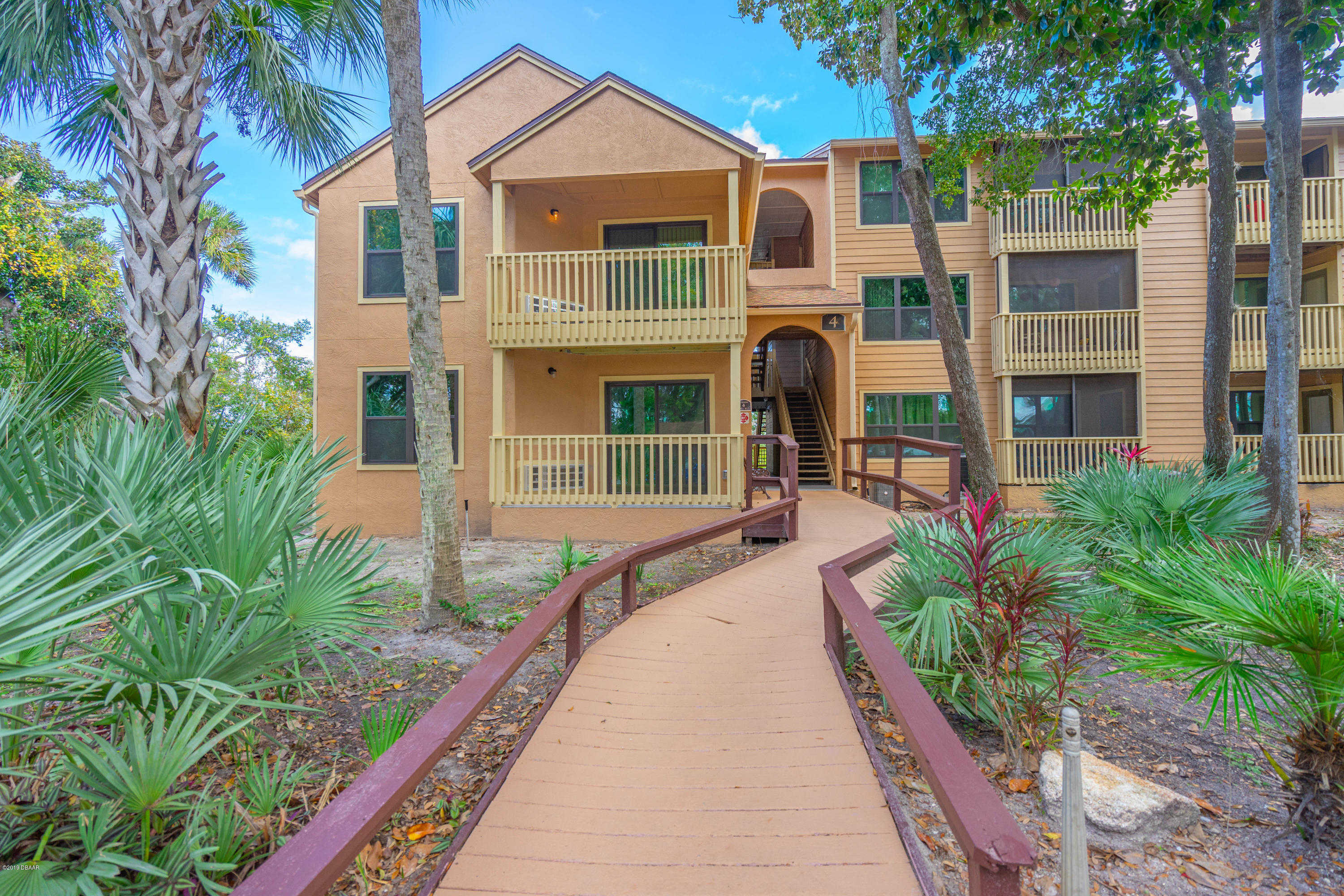 1401 S Palmetto Avenue #406, Daytona Beach, FL 32114 now has a new price of $101,500!